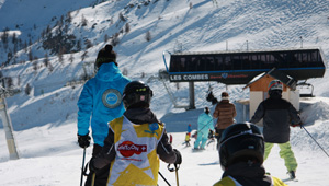 le ski serre chevalier avec les ecoles de ski internationales. Black Bedroom Furniture Sets. Home Design Ideas
